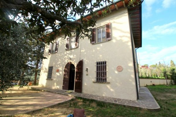 PROPERTY IN TUSCANY - ref. MIL-C-11